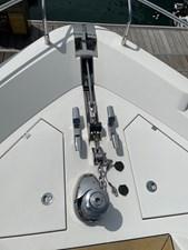 Fairline Squadron 65 14 Anchor winch