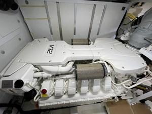 Fairline Squadron 65 29 MAN Engine - Port