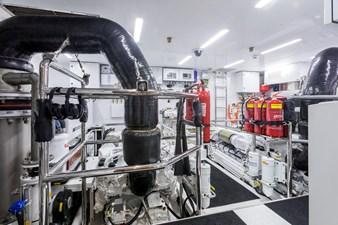 GG 35 Engine Room