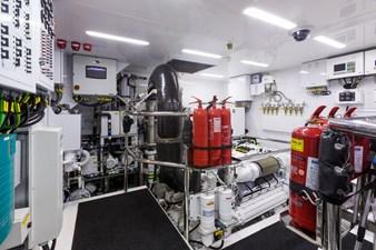 GG 38 Engine Room