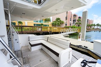 420 Fly 24 42_galeon_queen_of_the_nile_III_aft_deck_1