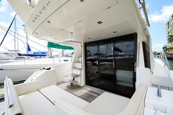 420 Fly 29 42_galeon_queen_of_the_nile_III_aft_deck_6