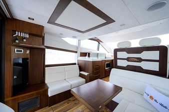 420 Fly 36 42_galeon_queen_of_the_nile_III_salon_5