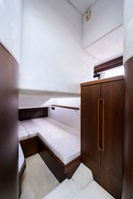 420 Fly 55 42_galeon_queen_of_the_nile_III_port_guest_stateroom_1