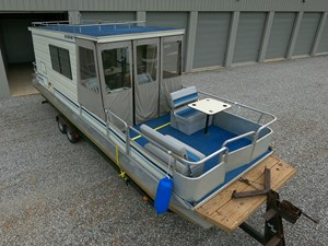 Pontoon Houseboat 5 GOPR5132
