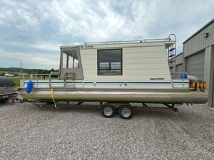 Pontoon Houseboat 11 GOPR5143