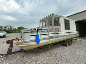 Pontoon Houseboat 12 GOPR5145