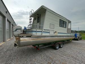 Pontoon Houseboat 15 GOPR5149
