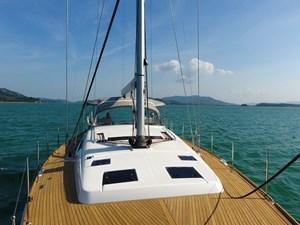 Aquavit VI 7  Beneteau Oceanis 60 for Sale - foredeck