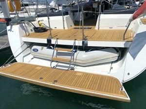 Aquavit VI 16  Beneteau Oceanis 60 for Sale - tender garage