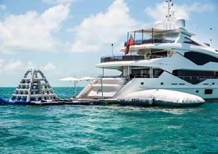 TC 5 6. Sunseeker 131 Yacht with Toys