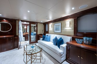 STARSHIP 14 Owner's Suite
