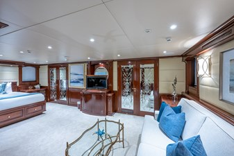 STARSHIP 16 Owner's Suite