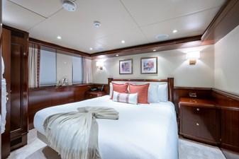 STARSHIP 23 Starboard VIP Stateroom