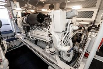 Lisa Kay 46 2003 Viking 61 Convertible LISA KAY-65