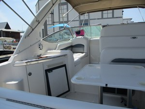 No Name 17 17.Aft View Wet Bar To Port