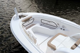 EdgeWater-262cx-Bow-Insulated-Storage-and-Anchor-Locker