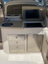 GISELLA DEL MAR 6 Cockpit sink, grill, and refrigerator