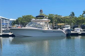 GISELLA DEL MAR 23 Port profile 2