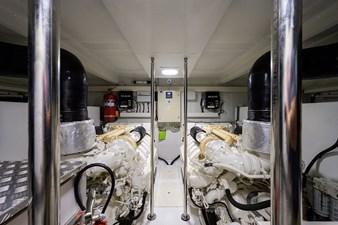 La Luce 39 Engine Room