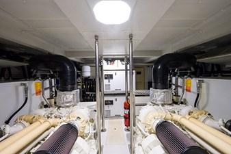 La Luce 40 Engine Room