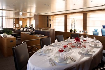 MINA 32 MINA yacht for sale Blackorange 51