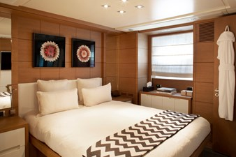 MINA 40 MINA yacht for sale Blackorange 73