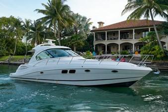 Four Winns 47 2 Four Winns 47 2011 FOUR WINNS  Motor Yacht Yacht MLS #271232 2