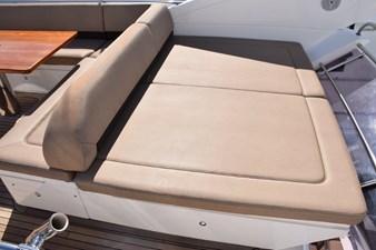 MISSING CARD II 46 Flybridge sun cushions