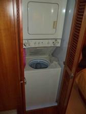 UNBRIDLED 21 Companionway Laundry