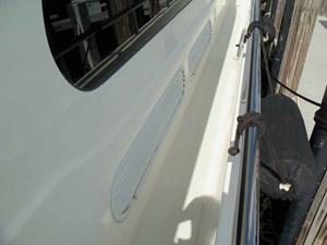 UNBRIDLED 44 Engine Room Vents