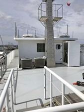 CHAGOS 8 Chagos_boat_deck_looking_forward