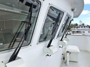 CHAGOS 18 Chagos_bridge_windows