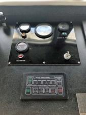 CHAGOS 36 Chagos_horn-control