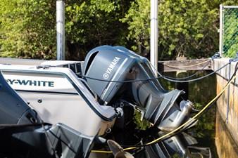 Grady-White Bimini 306  13