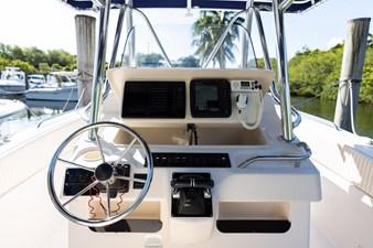 Grady-White Bimini 306  18