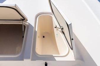 Grady-White Bimini 306  26