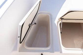 Grady-White Bimini 306  27