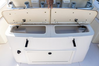 Grady-White Bimini 306  35