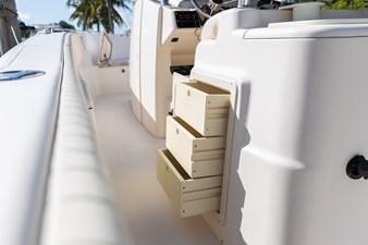 Grady-White Bimini 306  38