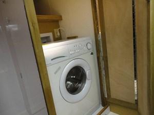 SIMPATICA 10 Laundry