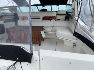 1992 Sea Ray Express Cruiser 6