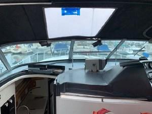 1992 Sea Ray Express Cruiser 11