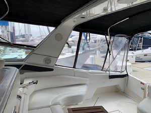 1992 Sea Ray Express Cruiser 12