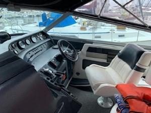 1992 Sea Ray Express Cruiser 15