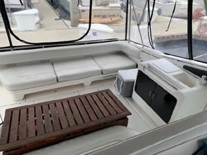 1992 Sea Ray Express Cruiser 16