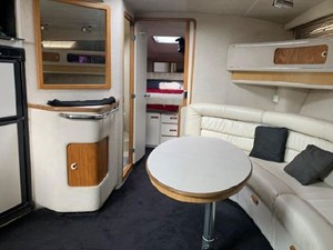 1992 Sea Ray Express Cruiser 23