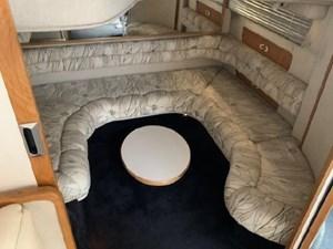 1992 Sea Ray Express Cruiser 31