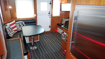 Cayenne 34 Nordhavn 43 Cayenne JMYS Trawler Listing - 34-P1280166