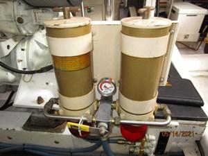 Patriot 76 75_2779667_55_ocean_alexander_starboard_racor_fuel_filters